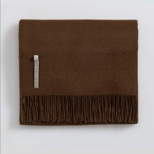 Alicia Adams alpaca brown throw blanket new
